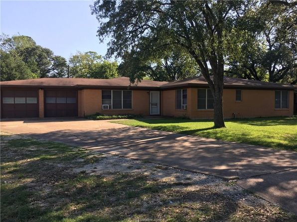 4 bed 2 bath Single Family at 1001 Milner Dr College Station, TX, 77840 is for sale at 365k - 1 of 7
