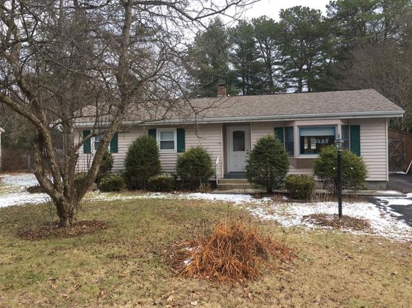 3 bed 2 bath Single Family at 30 Arbutus Dr Queensbury, NY, 12804 is for sale at 200k - 1 of 14