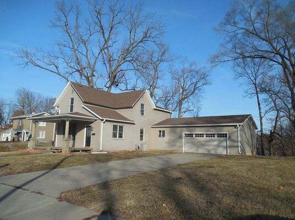 4 bed 2 bath Single Family at 2227 N 5th St Clinton, IA, 52732 is for sale at 100k - 1 of 15