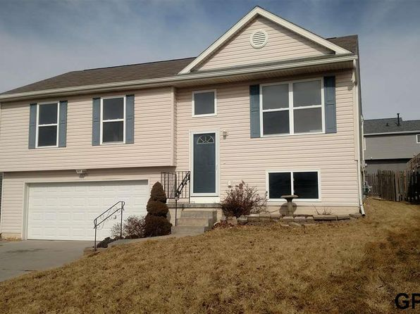 3 bed 2 bath Single Family at 15326 WILLIT ST BENNINGTON, NE, 68007 is for sale at 160k - 1 of 12