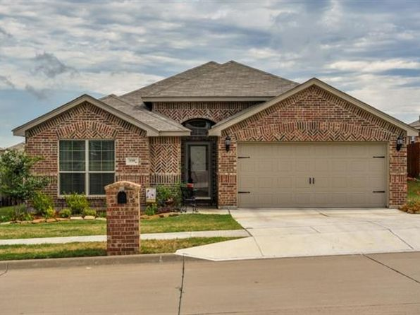 3 bed 2 bath Single Family at 9208 Diane Dr White Settlement, TX, 76108 is for sale at 190k - 1 of 26