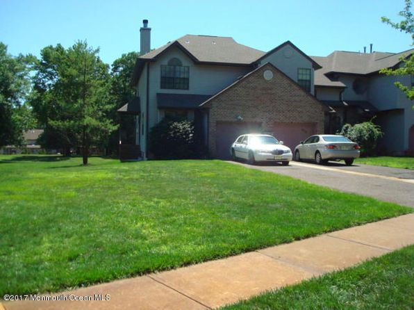 3 bed 2.5 bath Townhouse at 351 Oak Knoll Dr Manalapan, NJ, 07726 is for sale at 325k - 1 of 24