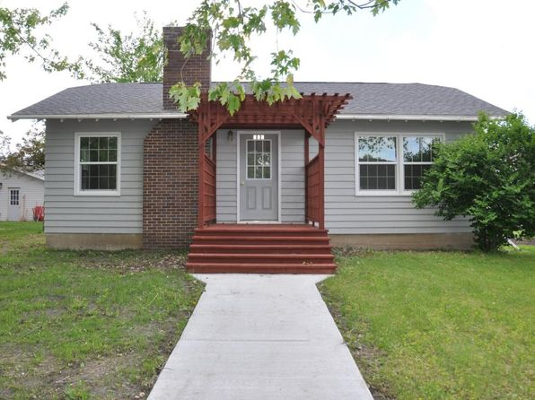 2 bed 1 bath Single Family at 505 4TH AVE WILMONT, MN, 56185 is for sale at 64k - 1 of 16