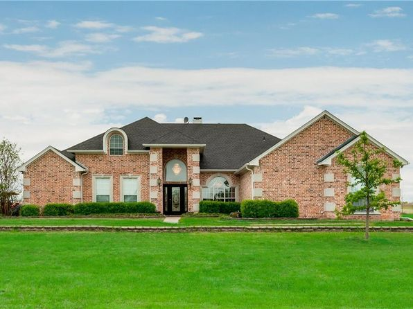 4 bed 3 bath Single Family at 6681 Indian Trl Sanger, TX, 76266 is for sale at 450k - 1 of 35