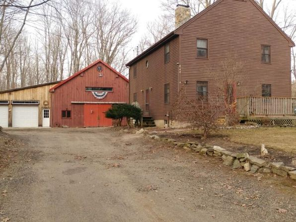 3 bed 2 bath Single Family at 9 Oldham Rd Raymond, NH, 03077 is for sale at 440k - google static map
