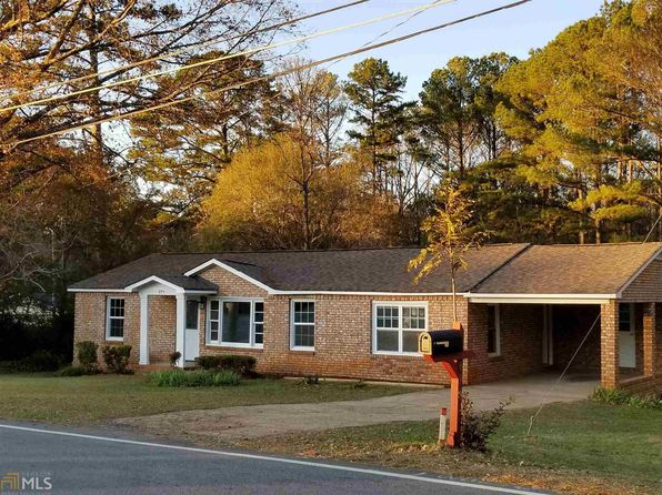 3 bed 1 bath Single Family at 693 Country Club Rd Newnan, GA, 30263 is for sale at 122k - 1 of 24
