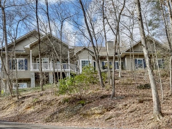 4 bed 4 bath Single Family at 1025 Cross Creek Cove Roa Andrews, NC, 28901 is for sale at 450k - 1 of 24