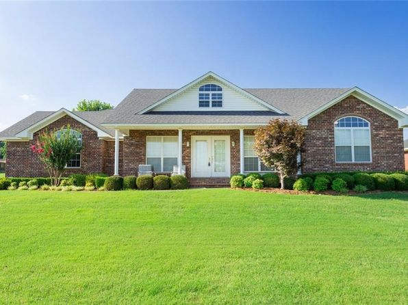 3 bed 3 bath Single Family at 504 Meadors N Alma, AR, 72921 is for sale at 183k - 1 of 16