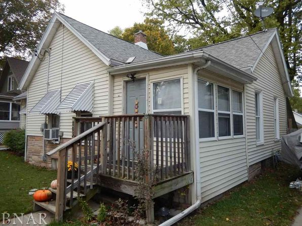 2 bed 1 bath Single Family at 803 W Oakland Ave Bloomington, IL, 61701 is for sale at 60k - 1 of 12