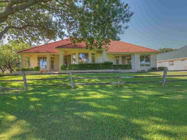 4 bed 4 bath Single Family at 504 Hi Cir S Horseshoe Bay, TX, 78657 is for sale at 434k - 1 of 25