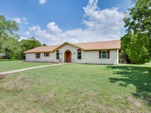 3 bed 2 bath Single Family at 801 Lux Dr Robinson, TX, 76706 is for sale at 175k - 1 of 25