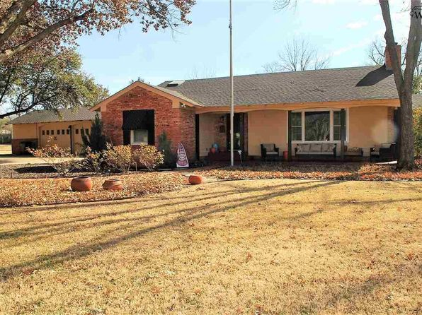 3 bed 2 bath Single Family at 1609 Weeks St Wichita Falls, TX, 76302 is for sale at 215k - 1 of 29