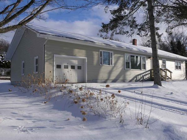 3 bed 1 bath Single Family at 125 Messenger St Saint Albans, VT, 05478 is for sale at 265k - 1 of 32