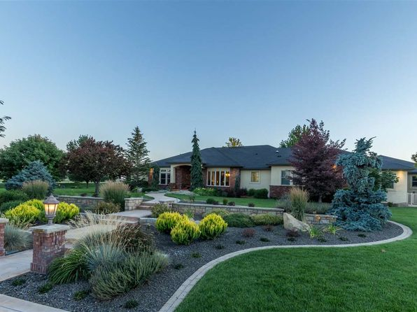 4 bed 4.5 bath Single Family at 5019 S Debonair Ln Meridian, ID, 83642 is for sale at 1.40m - 1 of 25