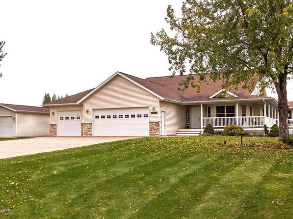 5 bed 3 bath Single Family at 31592 Vista Path Lake City, MN, 55041 is for sale at 360k - 1 of 31