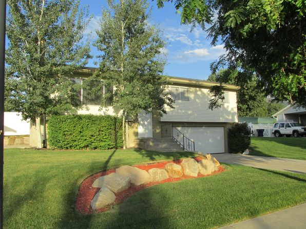 4 bed 2 bath Single Family at 11623 S Dry Creek Rd Sandy, UT, 84094 is for sale at 305k - 1 of 11