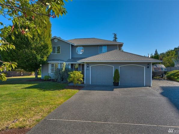 4 bed 3 bath Single Family at 702 Honeysuckle Dr Mount Vernon, WA, 98273 is for sale at 385k - 1 of 24