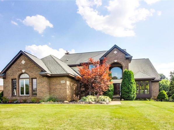 4 bed 3 bath Single Family at 54335 Royal Troon Dr South Lyon, MI, 48178 is for sale at 390k - 1 of 43