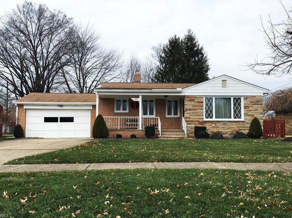 2 bed 2 bath Single Family at 4436 W 215th St Cleveland, OH, 44126 is for sale at 144k - 1 of 26