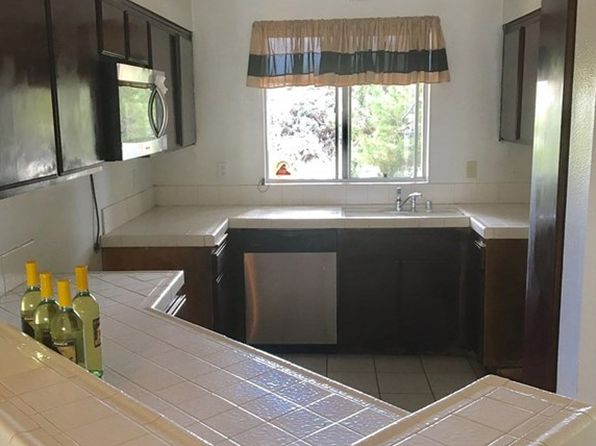 2 bed 1 bath Condo at 25267 Pine Creek Ln Wilmington, CA, 90744 is for sale at 320k - 1 of 12