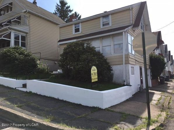 3 bed 1 bath Single Family at 680 Lincoln St Hazleton, PA, 18201 is for sale at 60k - 1 of 12