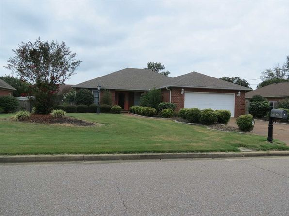 3 bed 2 bath Single Family at 2173 Oakmont Ave Dyersburg, TN, 38024 is for sale at 187k - 1 of 3