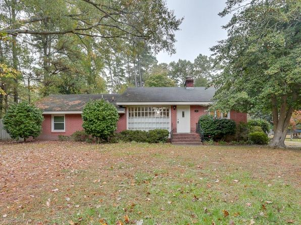 3 bed 2 bath Single Family at 202 Nelson District Rd Yorktown, VA, 23692 is for sale at 259k - 1 of 26