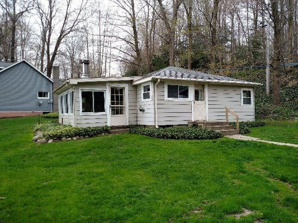 2 bed 1 bath Single Family at 2582 SHADYSIDE RD FINDLEY LAKE, NY, 14736 is for sale at 235k - 1 of 5