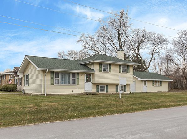 3 bed 2 bath Single Family at N132 Cottonwood Dr Wheaton, IL, 60187 is for sale at 225k - 1 of 11