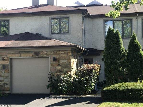 2 bed 3 bath Townhouse at 9 Jackie Dr Lawrence Twp, NJ, 08648 is for sale at 315k - 1 of 25