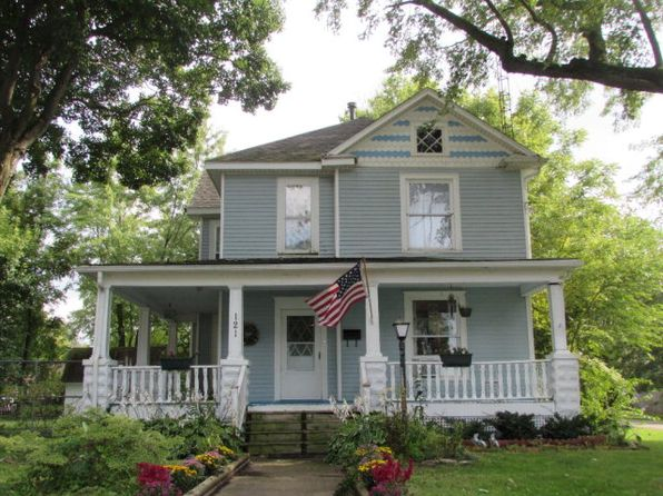 3 bed 3 bath Single Family at 121 W Attica St Rossville, IL, 60963 is for sale at 75k - 1 of 8