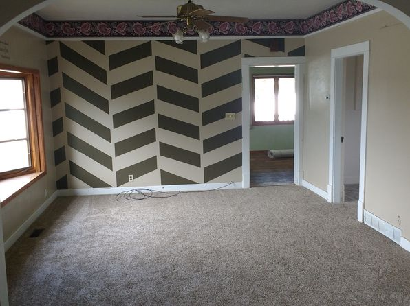 3 bed 1 bath Single Family at 1701 Oakley Ave Burley, ID, 83318 is for sale at 121k - 1 of 5