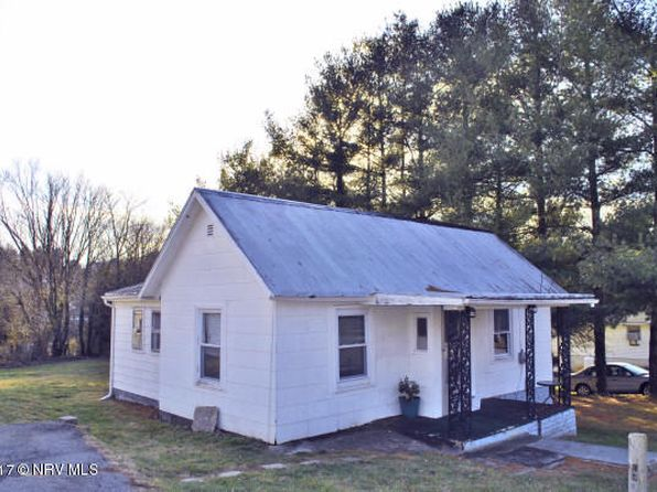 2 bed 1 bath Single Family at 865 Church St Christiansburg, VA, 24073 is for sale at 70k - 1 of 11