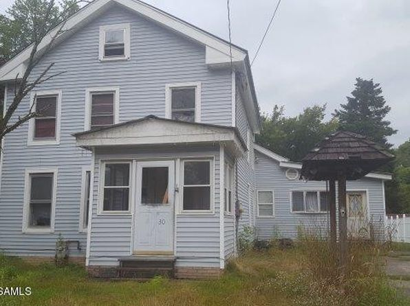 5 bed 1 bath Single Family at 30 Broadway Fort Edward, NY, 12828 is for sale at 32k - 1 of 7