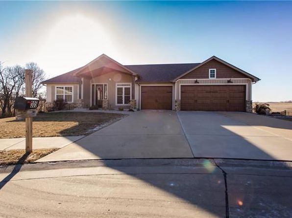 4 bed 3 bath Single Family at 305 Liberty Ct Waterloo, IL, 62298 is for sale at 300k - 1 of 61