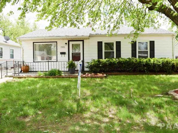 2 bed 1 bath Single Family at 1504 Saratoga St Pekin, IL, 61554 is for sale at 60k - 1 of 16