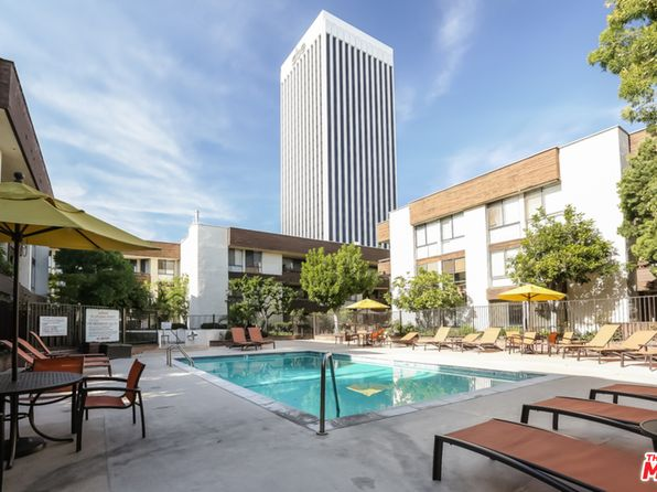 2 bed 2 bath Condo at 750 S Spaulding Ave Los Angeles, CA, 90036 is for sale at 879k - 1 of 18