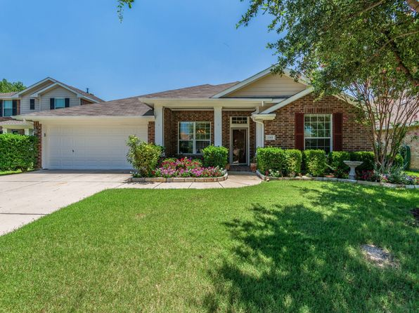 3 bed 2 bath Single Family at 1313 Hunter Ln Celina, TX, 75009 is for sale at 280k - 1 of 30