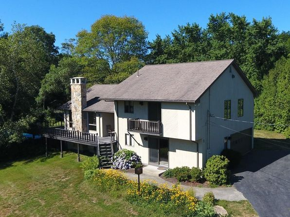 3 bed 3 bath Single Family at 11 Fallon Dr Westport, MA, 02790 is for sale at 495k - 1 of 30