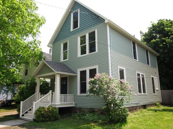 4 bed 2 bath Single Family at 114 E Ohio St Marquette, MI, 49855 is for sale at 145k - 1 of 13