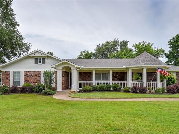 3 bed 2 bath Single Family at 702 E Pryor Ave Pocola, OK, 74902 is for sale at 293k - 1 of 47