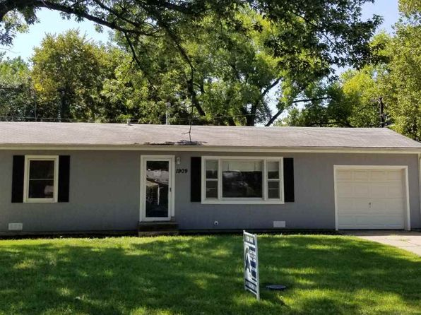 3 bed 1 bath Single Family at 1909 Hayes Dr Manhattan, KS, 66502 is for sale at 125k - 1 of 8