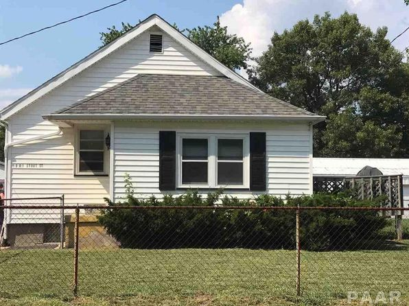 2 bed 1 bath Single Family at 1501 Stout St Pekin, IL, 61554 is for sale at 60k - 1 of 11