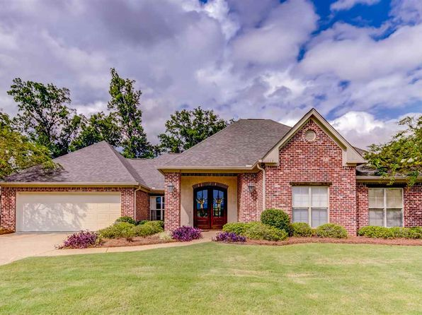 4 bed 3 bath Single Family at 113 Rockbridge Xing Clinton, MS, 39056 is for sale at 278k - 1 of 42