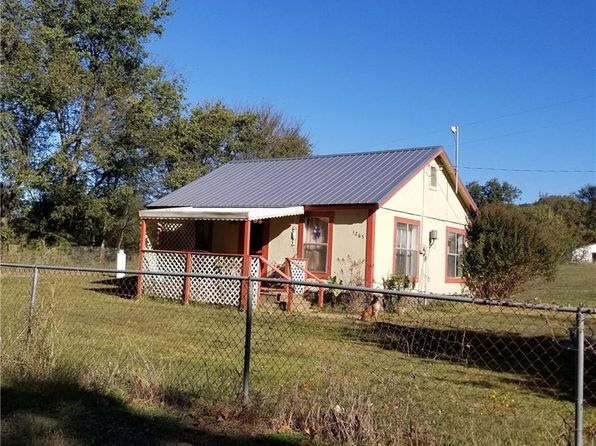 2 bed 1 bath Single Family at 1265 MILL POND RD RUDY, AR, 72952 is for sale at 61k - 1 of 10