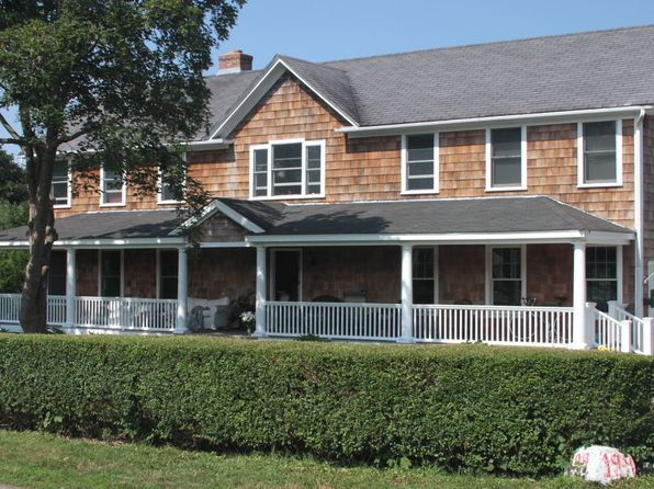 5 bed 3 bath Single Family at 199 Coggeshall Ave Newport, RI, 02840 is for sale at 1.43m - 1 of 12