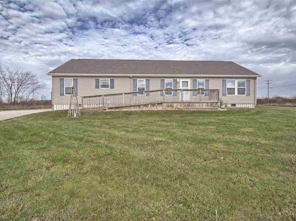 3 bed 2 bath Single Family at 10504 CALKINS RD SWARTZ CREEK, MI, 48473 is for sale at 130k - 1 of 35
