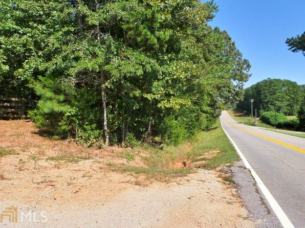 4 bed 3 bath Single Family at 1202 1202a Glass Bridge Rd Lagrange, GA, 30240 is for sale at 645k - 1 of 3