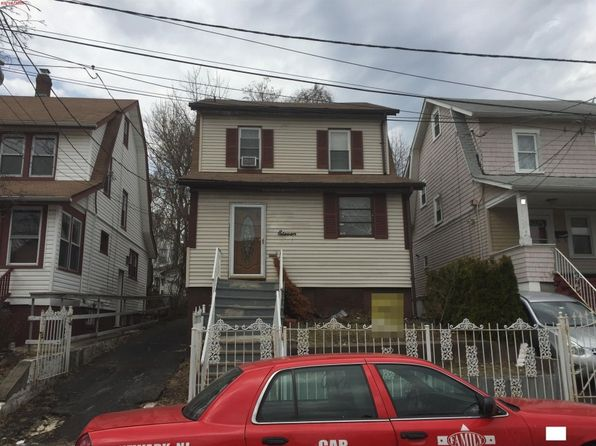 3 bed 2 bath Single Family at 11 Grant Pl Irvington, NJ, 07111 is for sale at 145k - 1 of 7