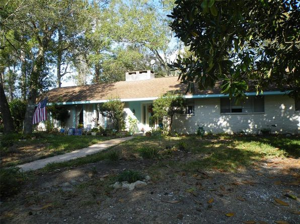 4 bed 3 bath Single Family at 3025 Sherwood Oak St Dickinson, TX, 77539 is for sale at 135k - 1 of 31